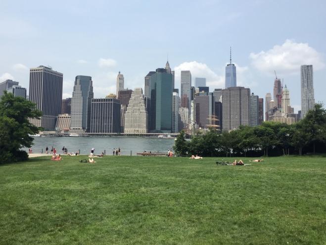 Vista de Manhattan do Brooklyn Bridge Park