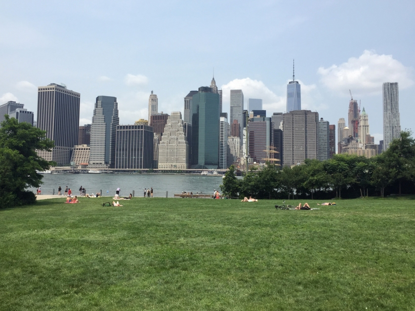 Vista de Manhattan do Brooklyn Bridge Park