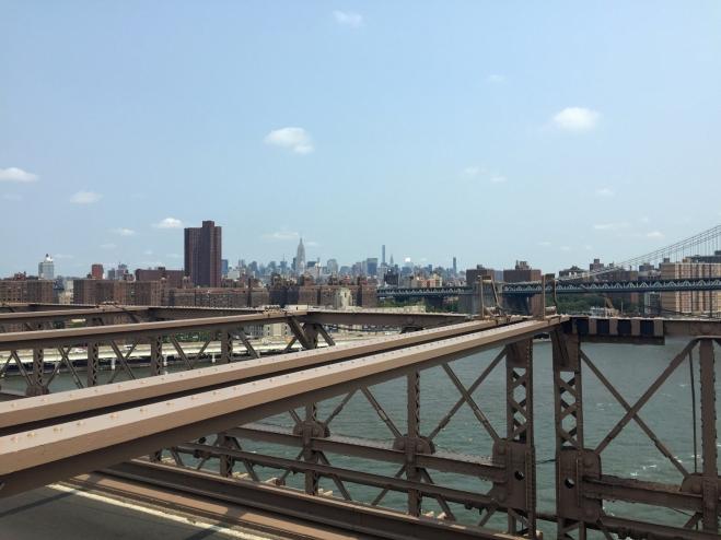 Manhattan vista da ponte do Brooklyn