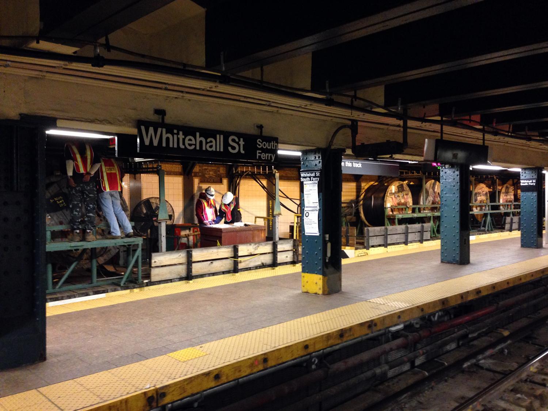 Estação do metrô em reforma