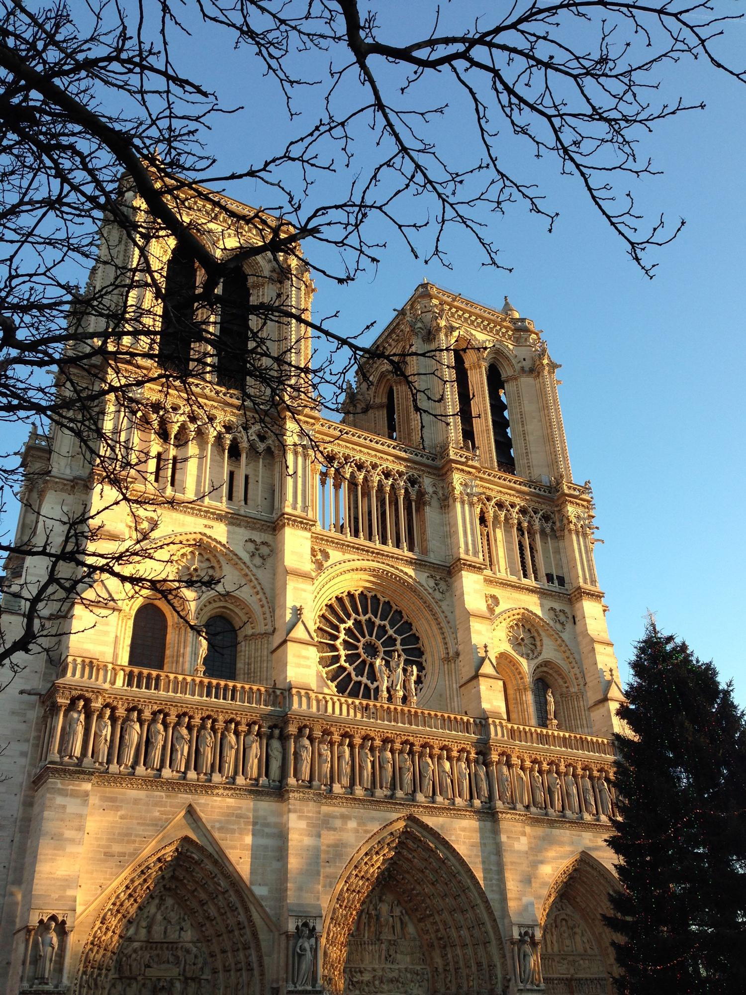 Fachada da Cathédrale Notre-Dame de Paris