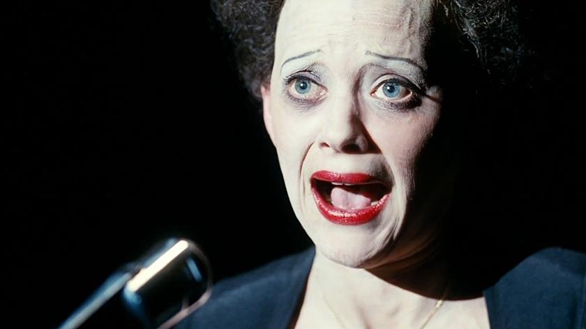 Marion Cotillad interpreta Édith Piaf