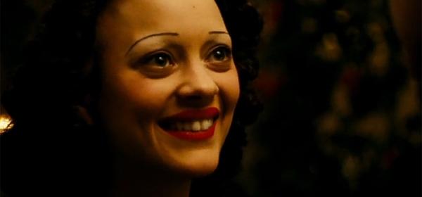 Édith Piaf no filme biográfico La Môme