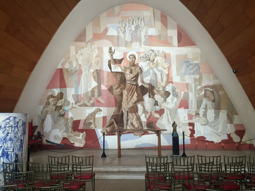 Altar com painel de Portinari