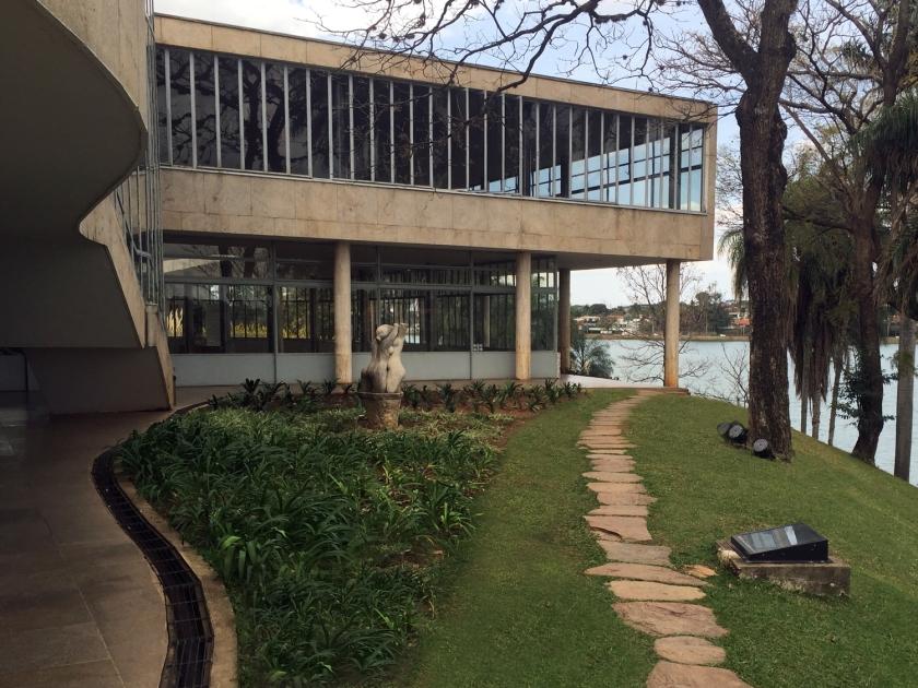 Jardim do Museu de Arte da Pampulha