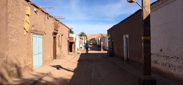 Rua no centro de San Pedro de Atacama