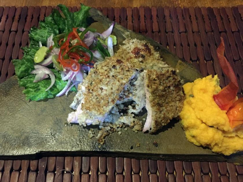 Cerdo apanado en quinoa