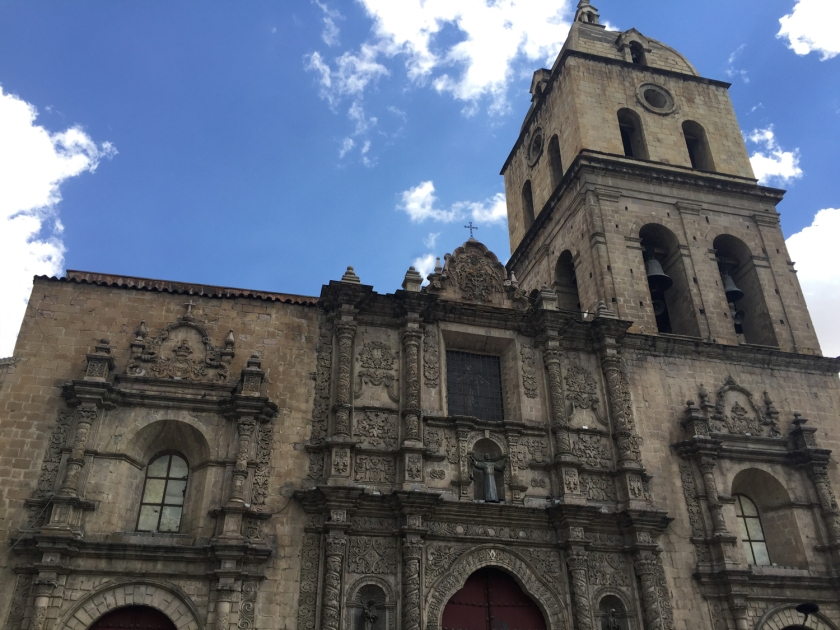 Fachada principal da igreja