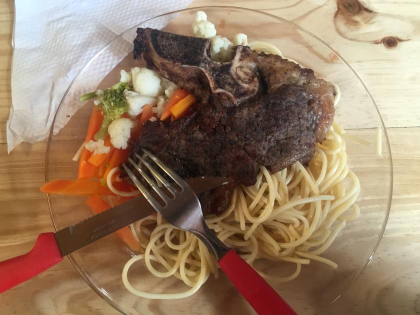 Última refeição da travessia do deserto boliviano