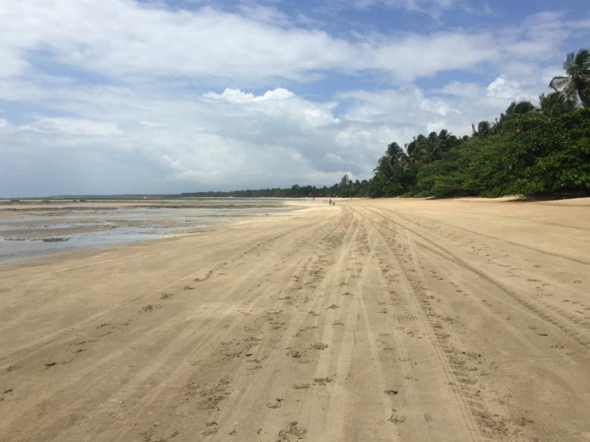 Caminhada pela Quarta Praia