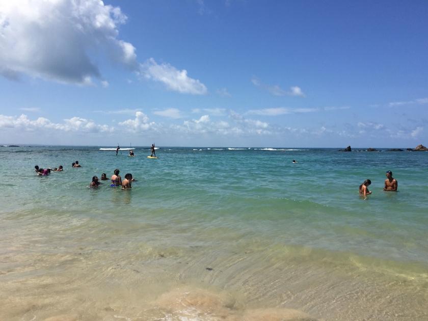 O mar é bastante tranquilo