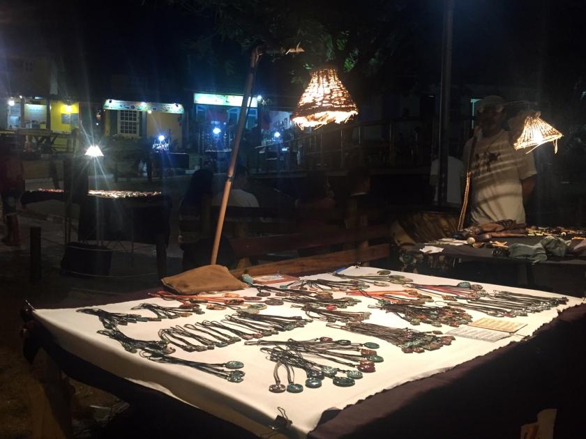 Feira de Artesanato na Praça Aureliano Lima