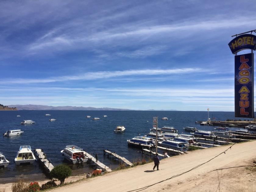 Localização em frente ao Titicaca