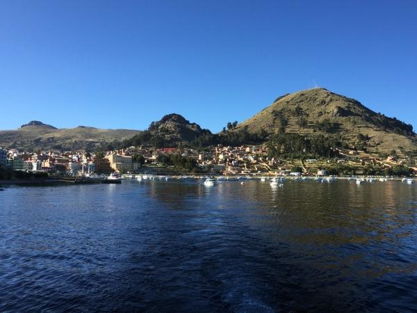 Copacabana vista do Lago Titicaca