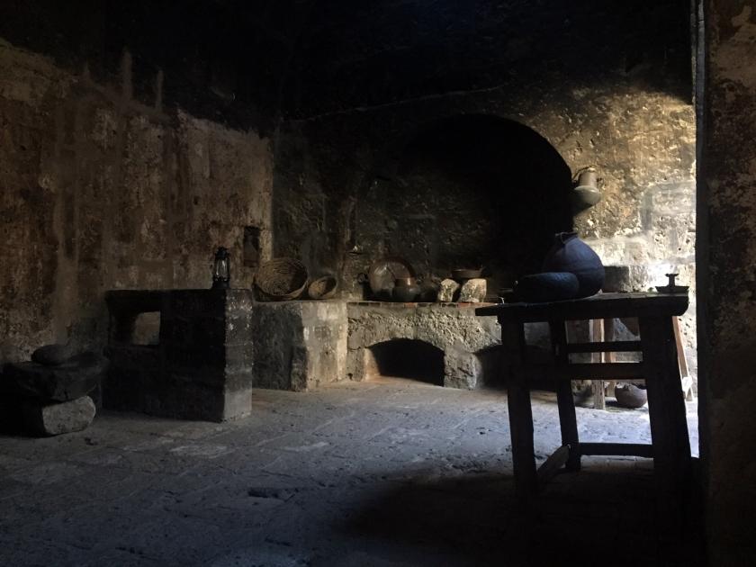 Cozinha de uma das celas