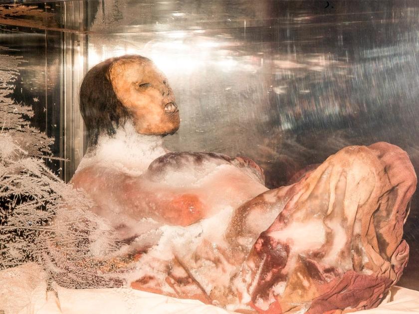 Juanita congelada no museu