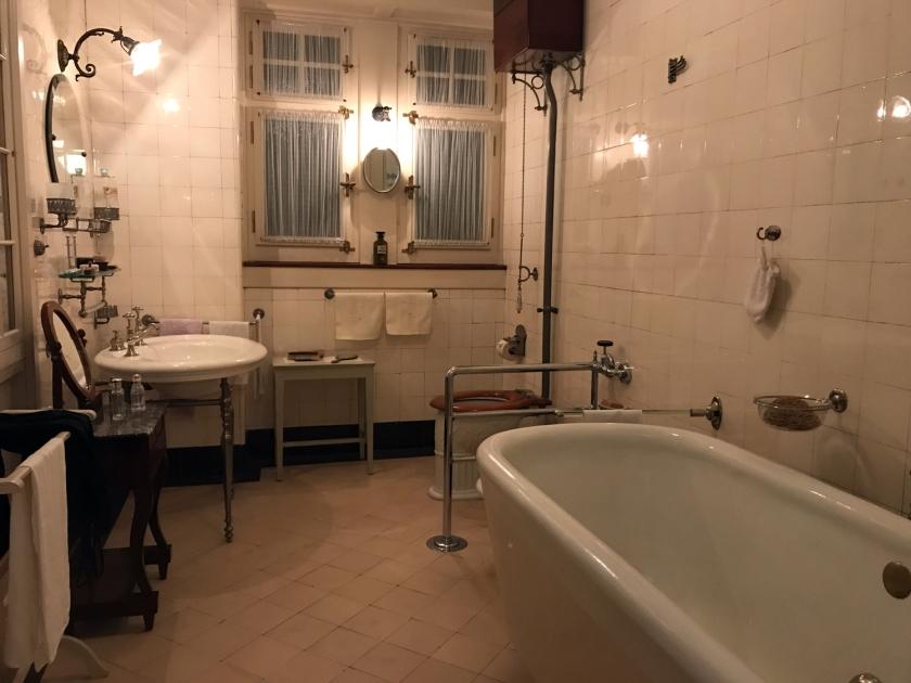 Banheiro do início do século XX