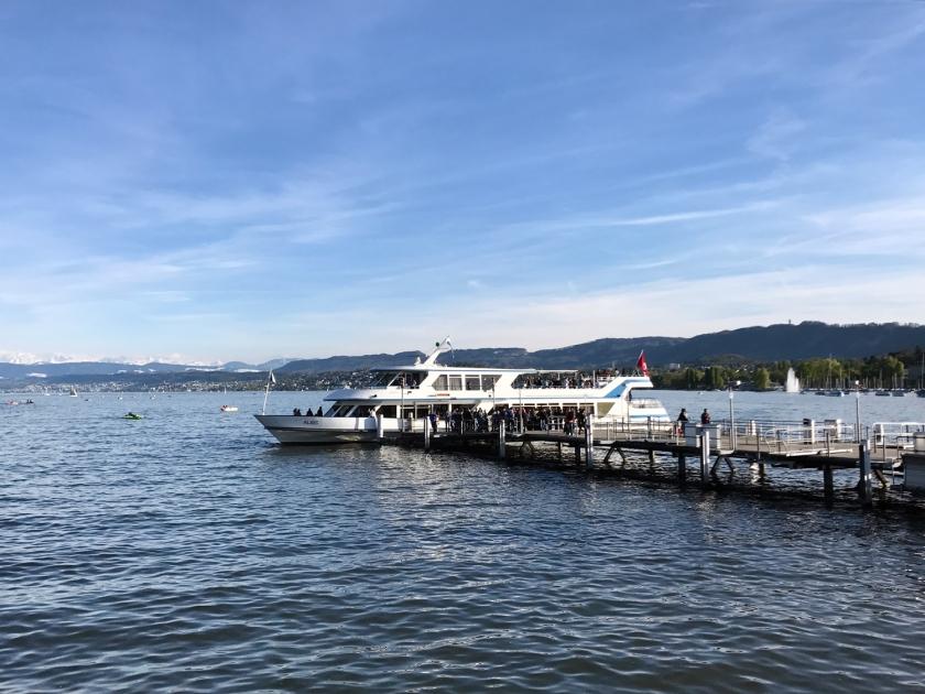 Passeio de barco no lago Zürich