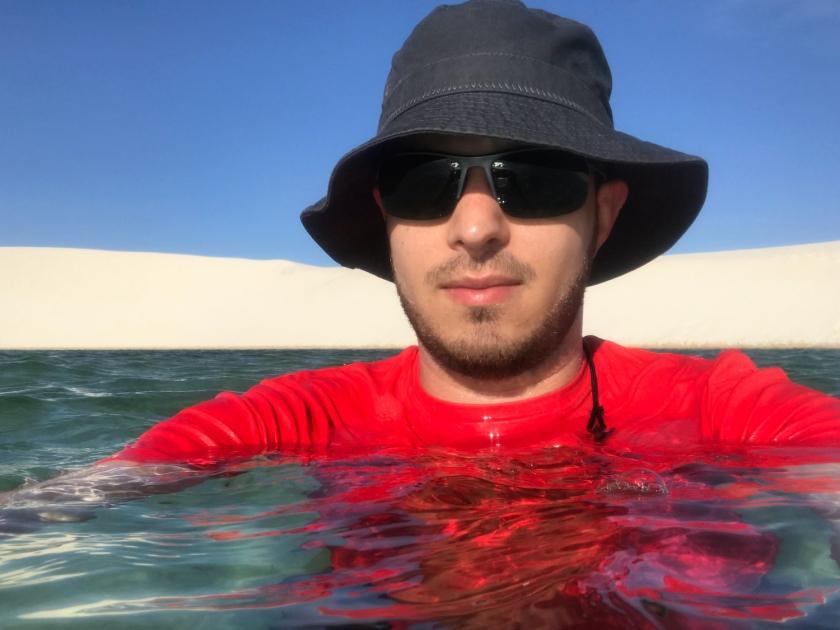 Tomando banho nas águas doces da Lagoa Azul