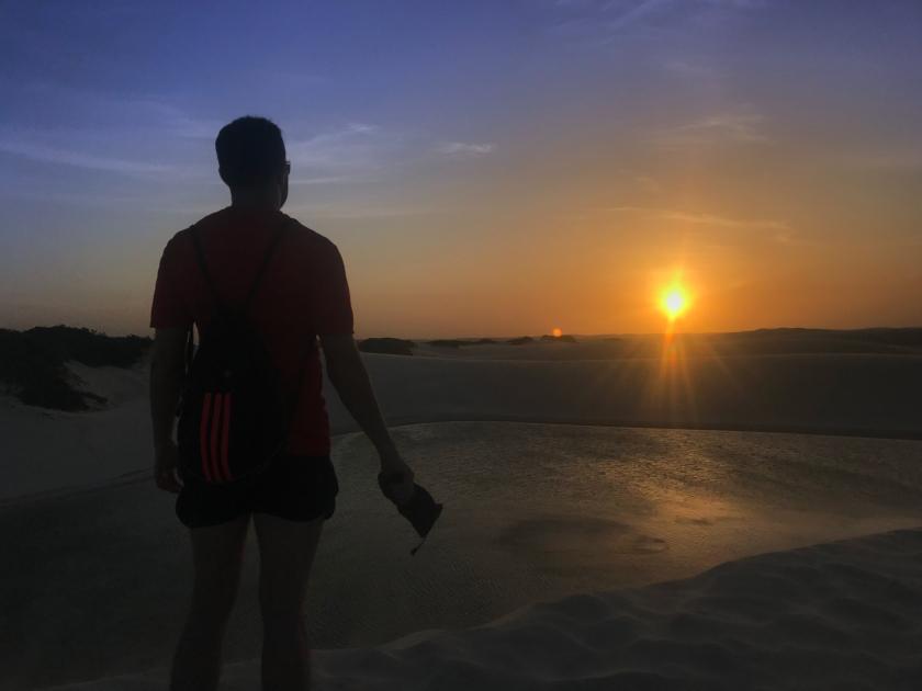 Pôr-do-sol no Circuito da Lagoa Azul