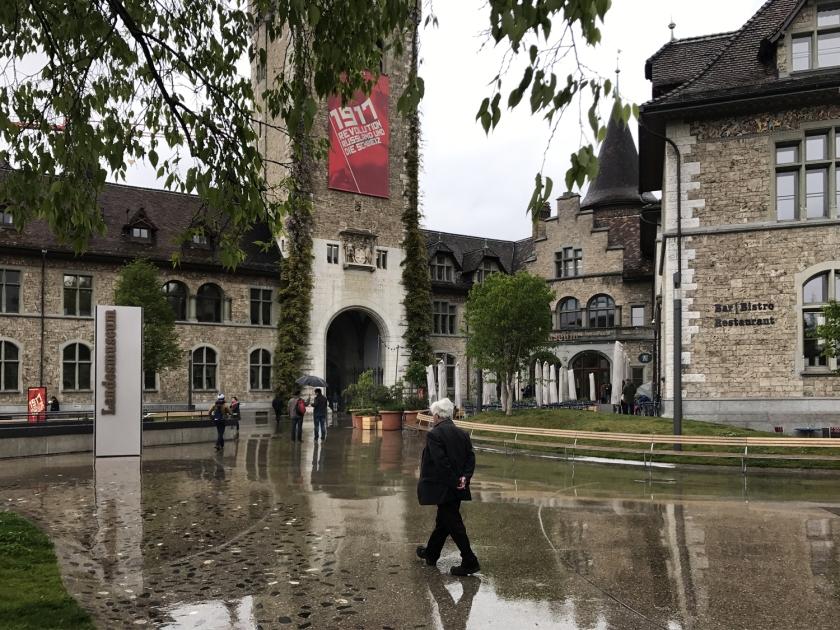 landesmuseum-zurique-suica-predio