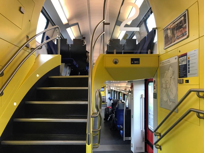 Trem com dois andares