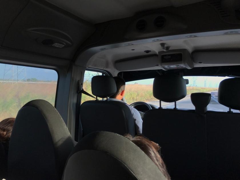 Ambiente interno da van