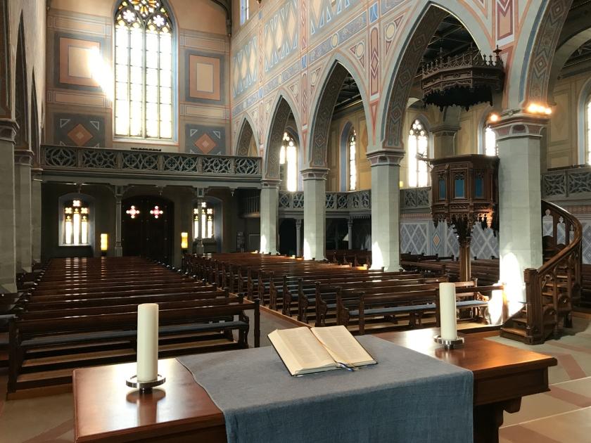 Parte interna da igreja