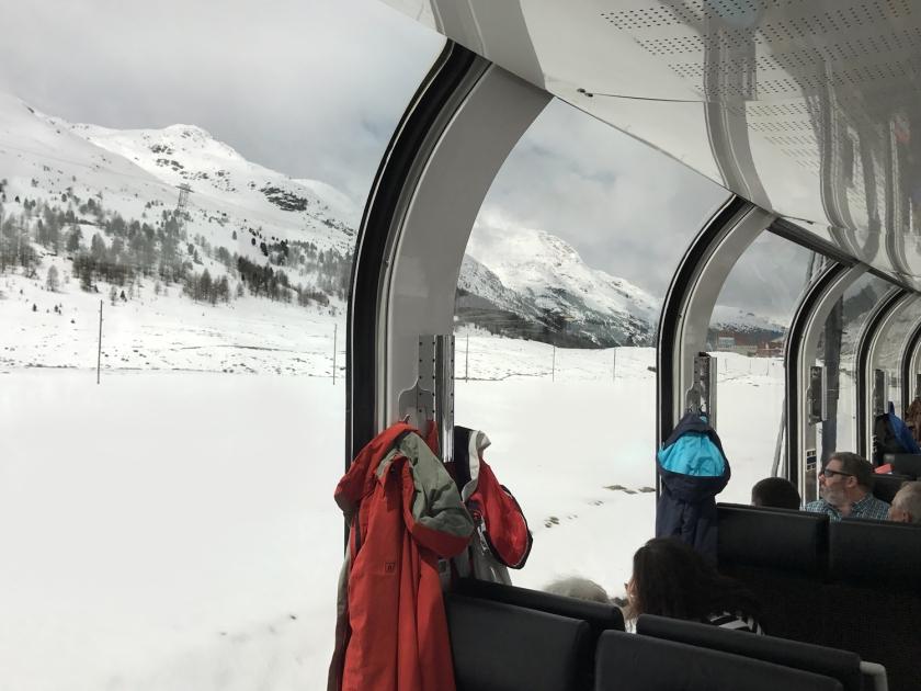 Passamos por trechos cobertos de neve