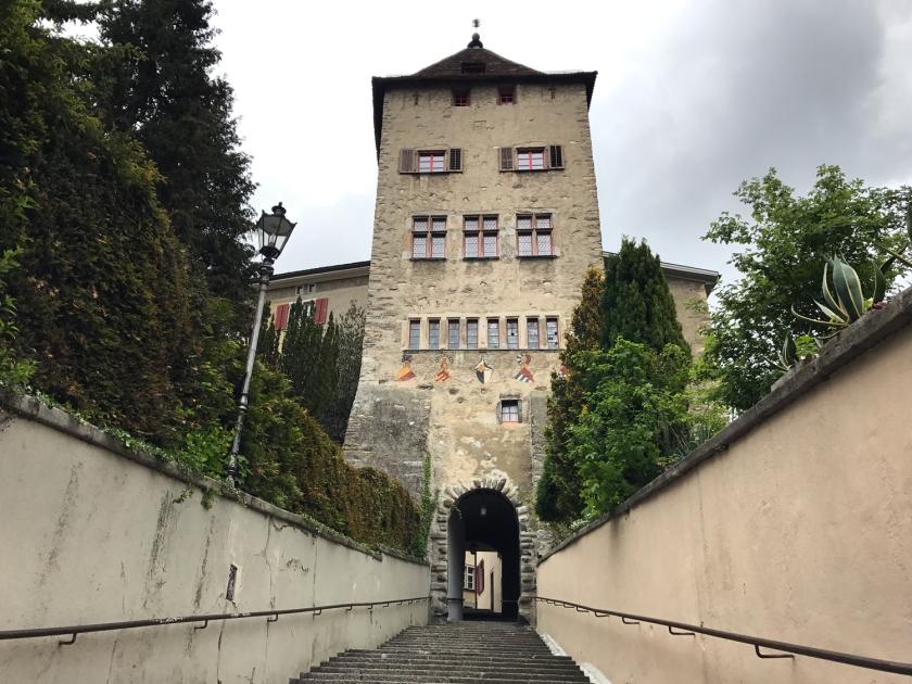 Passagem sob a Hofturm