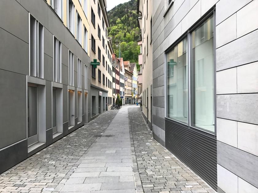 Uma das ruas fechadas do centro histórico
