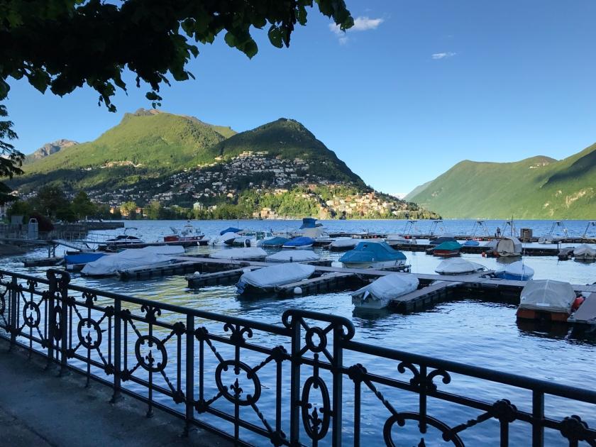 Barcos no Lago di Lugano