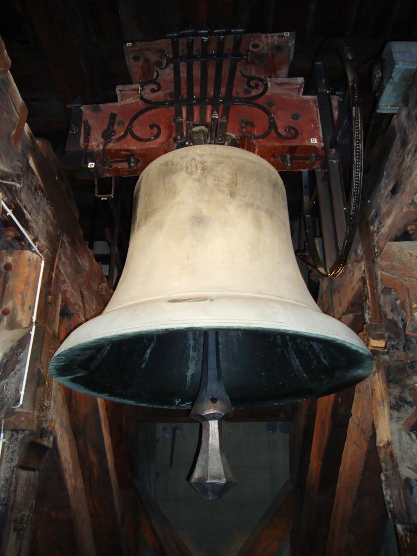 Um dos sinos da torre da catedral