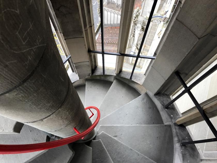 Escada em espiral da torre