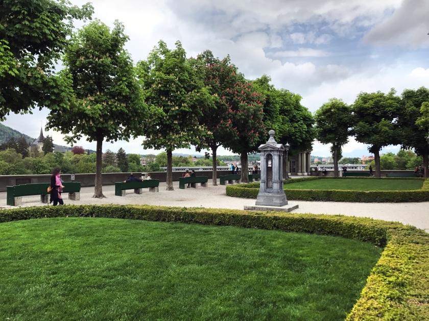 Münsterplatform, um parque com bela vista