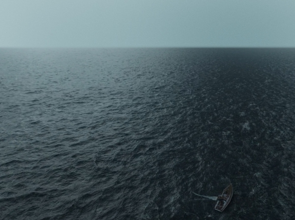 Filme que conta a história real de um casal perdido no mar