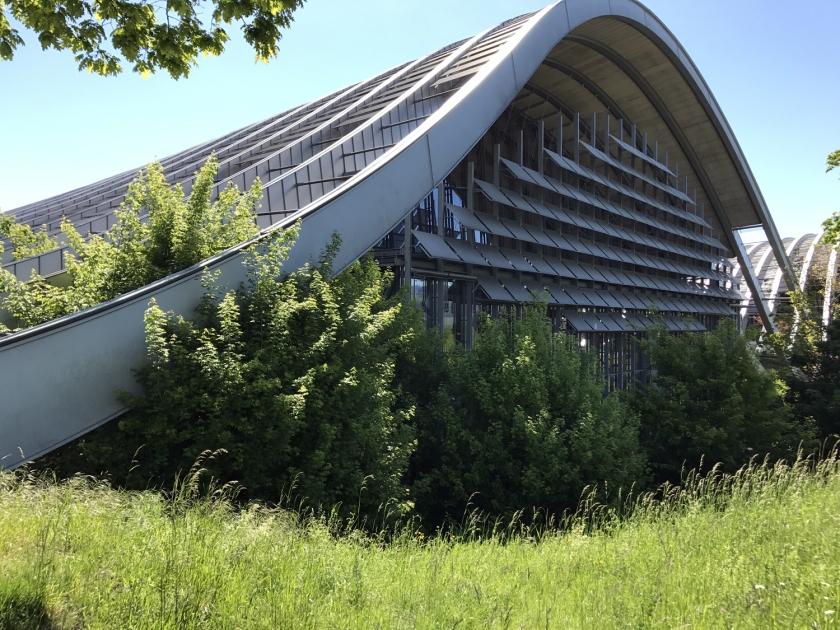 Arquitetura moderna do museu