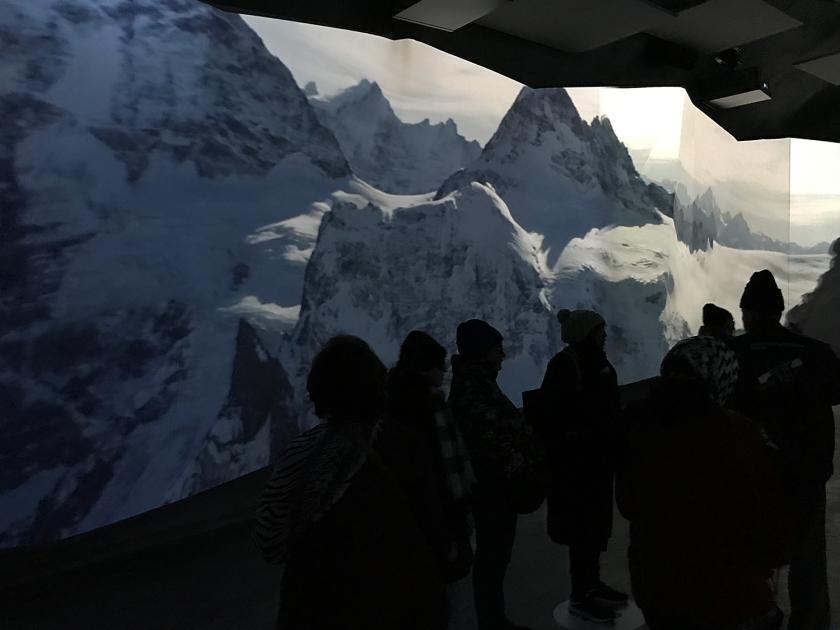 Apresentação de fotos e vídeos no Panorama