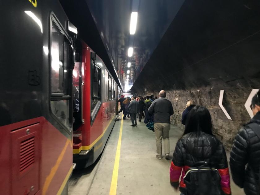 Desembarque na estação Jungfraujoch