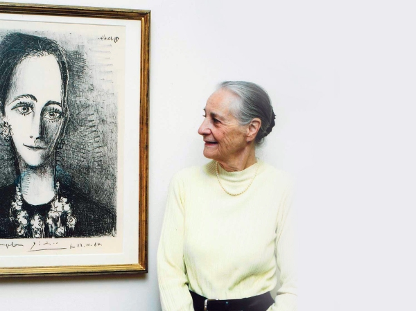 Angela Rosengart ao lado de obra do Picasso