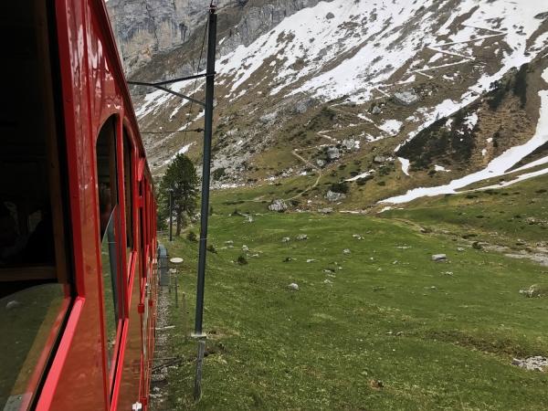 Trem que liga o Monte Pilatus a Alpnachstad