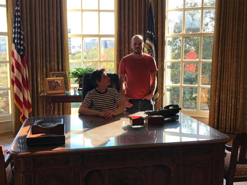 Reprodução do Salão Oval da Casa Branca