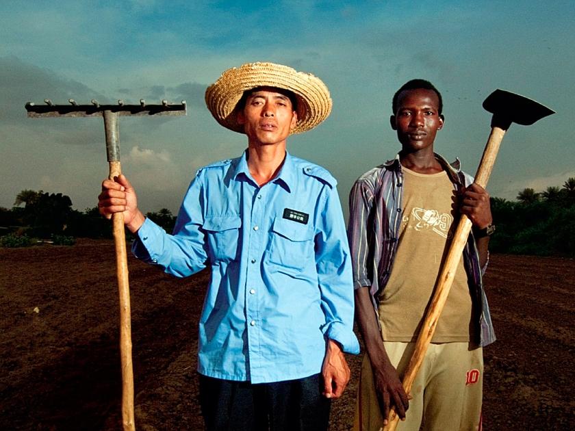 Trabalhadores dos empreendimentos chineses