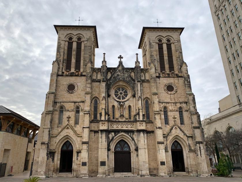 Fachada principal da catedral