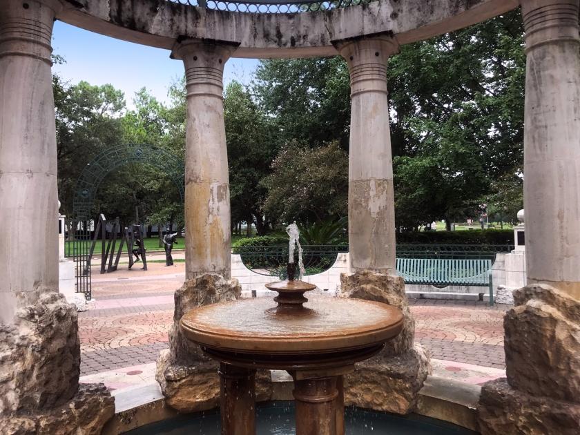 Fonte central do parque