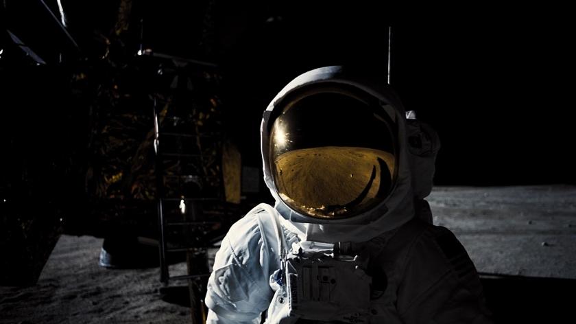 A primeira viagem do homem à lua