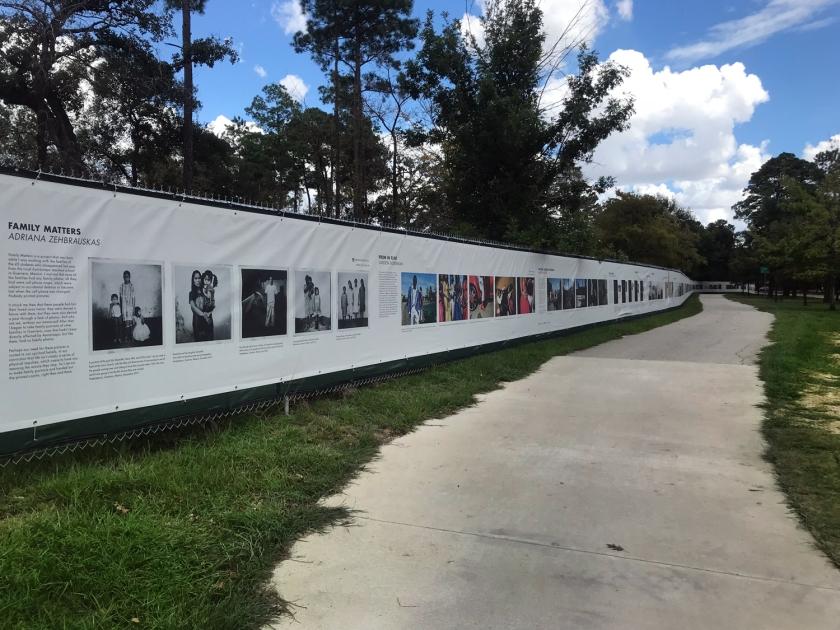 Exposição fotográfica The Fence