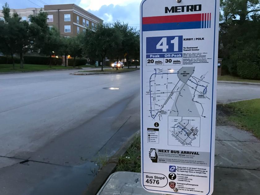 Informações no ponto de ônibus