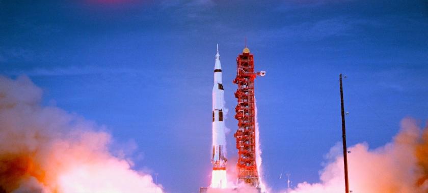 Momento do lançamento do foguete