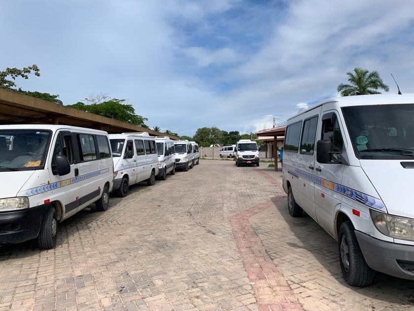 Serviço de vans no porto da balsa